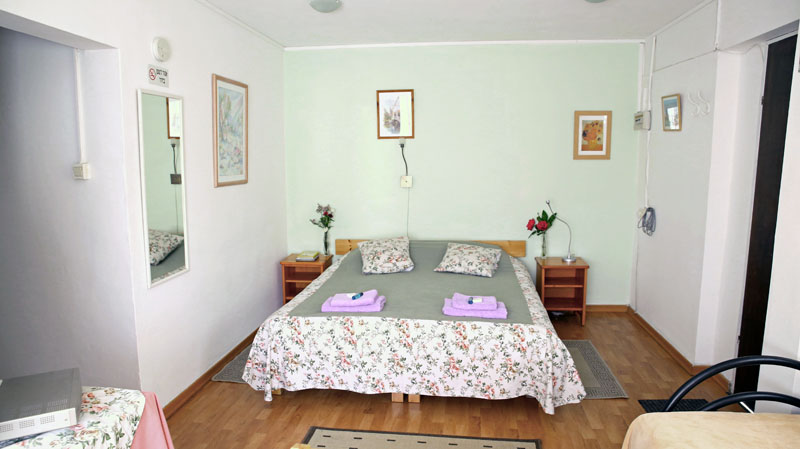 Narkis Bedroom